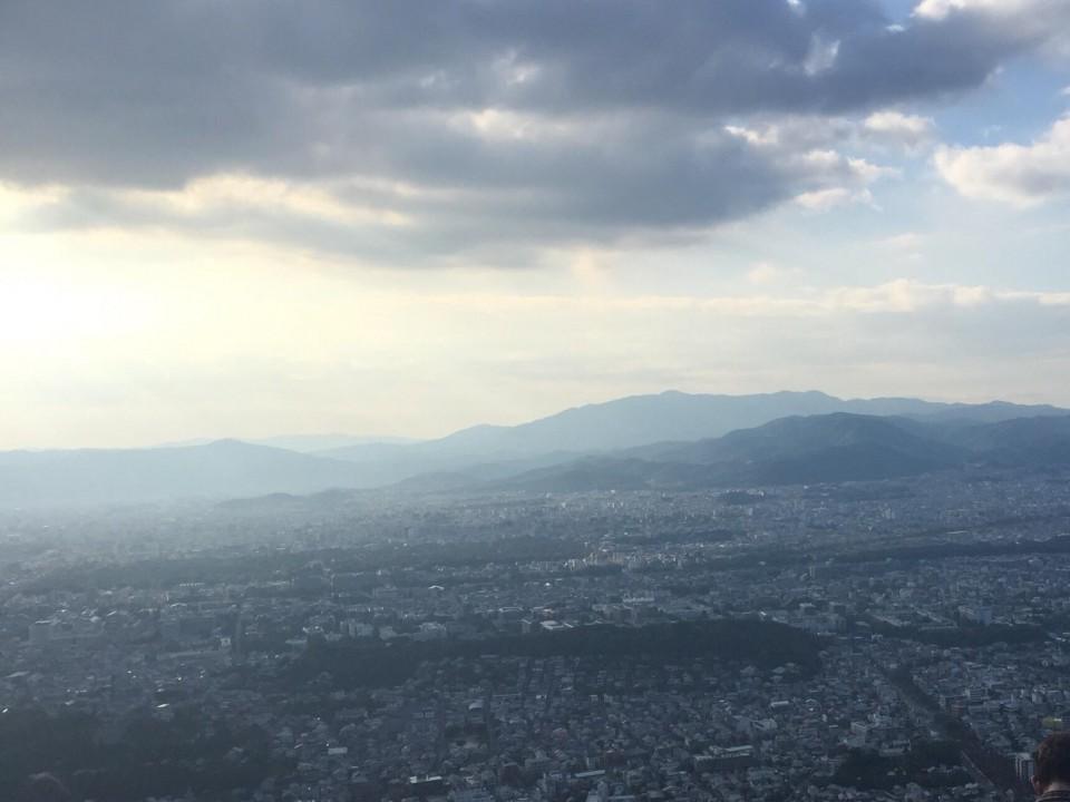 総務ブログ~懇親会で大文字山に登ってきたの巻~