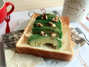 一人暮らし大学生のアレンジトースト♪あなたは朝ごはん食べてますか?