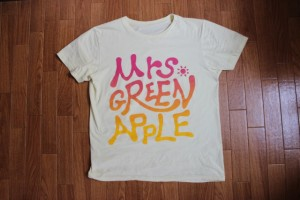 普段合わせにくいTシャツが大変身!古着屋の店員さんにコーディネートしてもらった