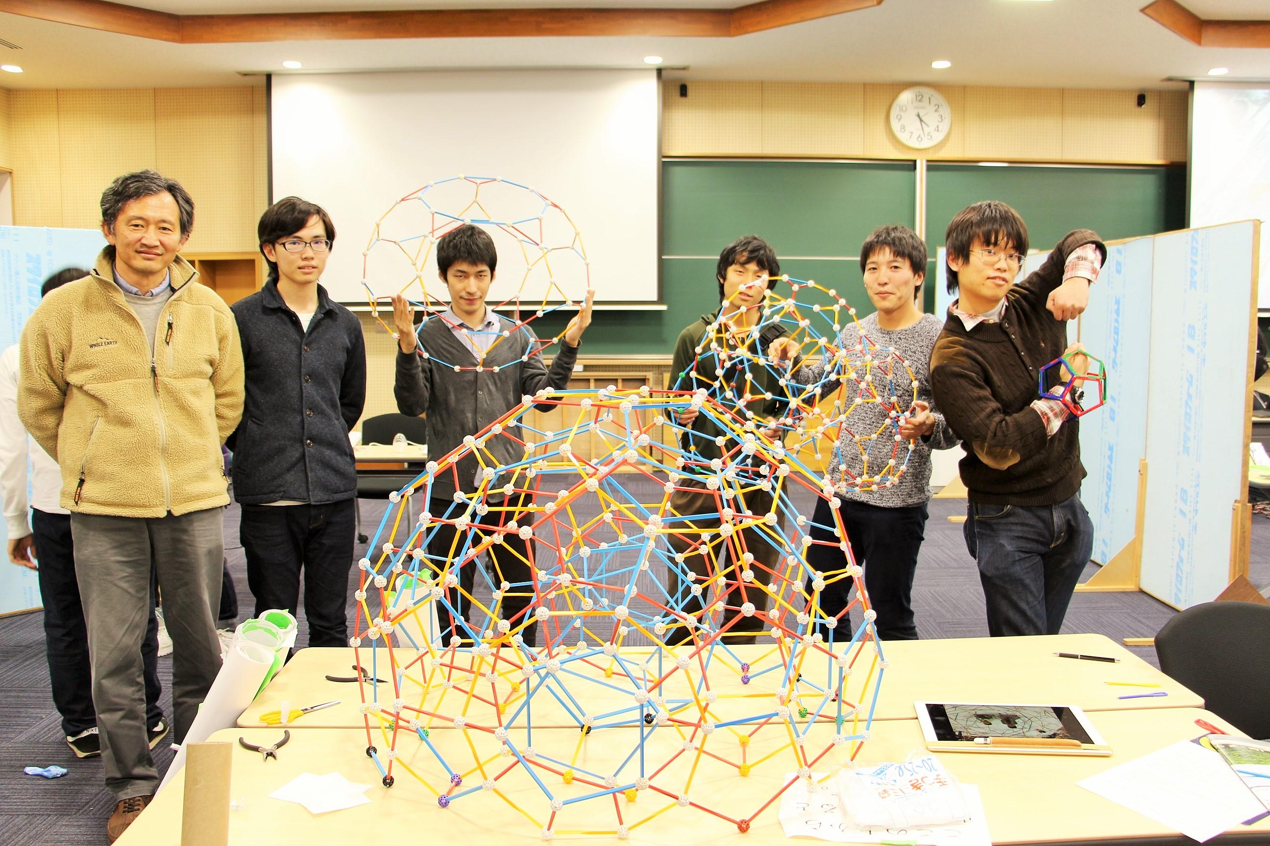 京都大学学園祭(通称NF)、研究室企画の実験に目が釘付けだ!