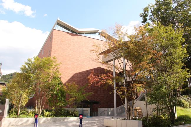 京都女子大学にできた待望の新設図書館 充実した環境で勉強がしたくなる!?