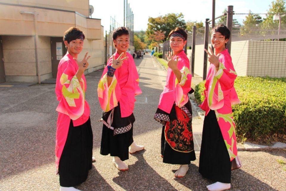 京炎 そでふれ!志舞踊(しぶよう)のメンバーと衣装