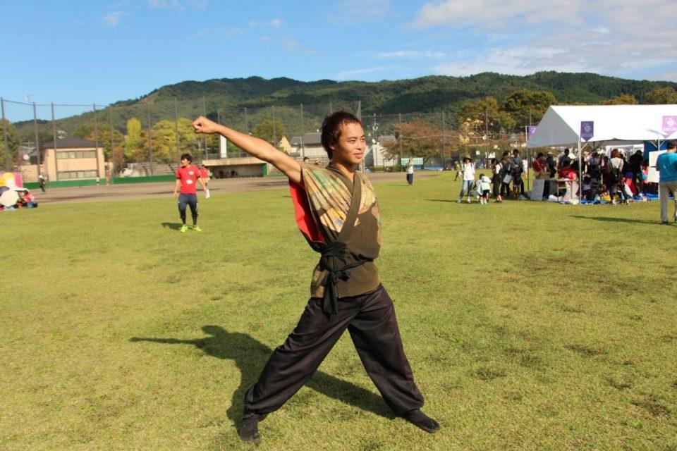 京都学生祭典実行委員がおどり教室を行う際の衣装