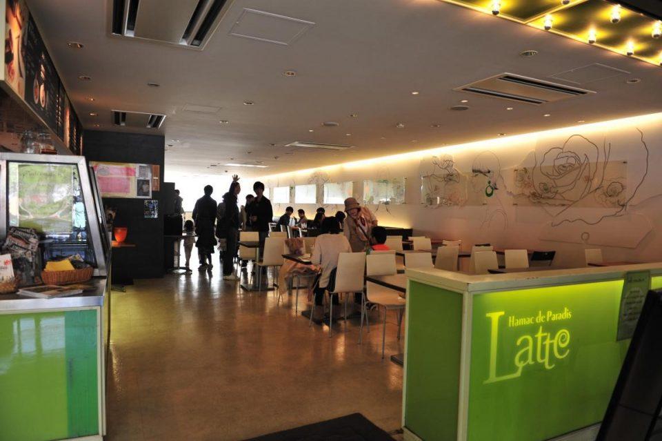 同志社大学京田辺キャンパスのレストラン「ラッテ」