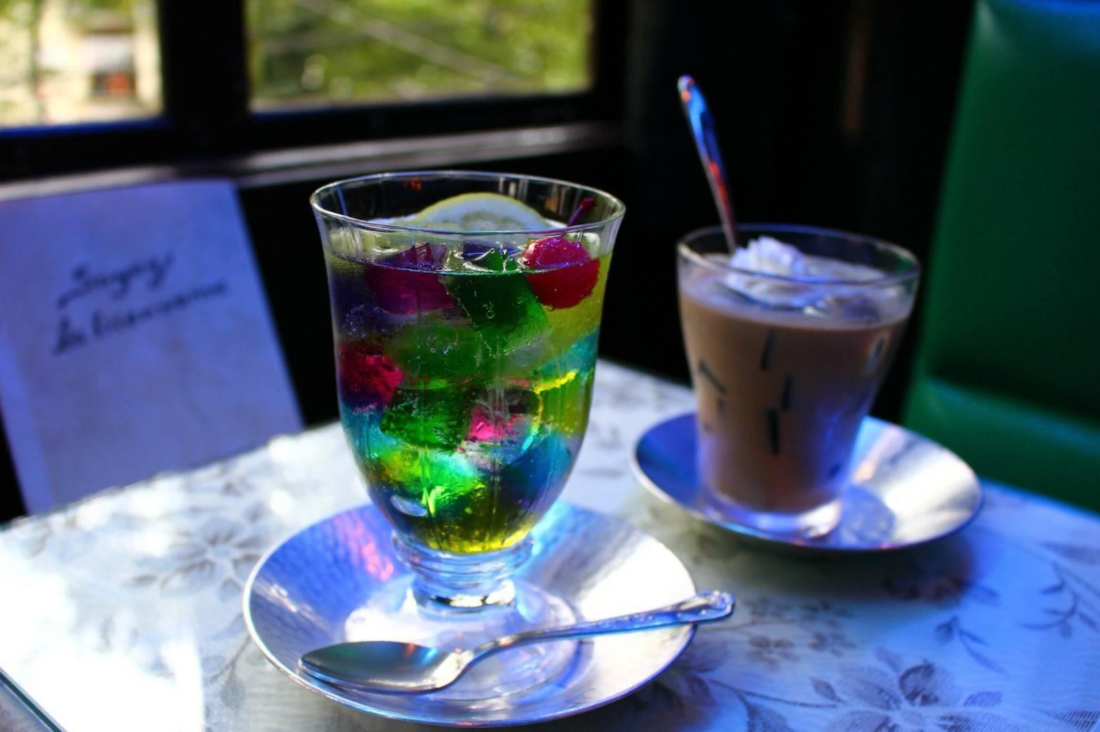 インスタ映えで終わらせない!若者を魅了する「喫茶ソワレ」の伝統